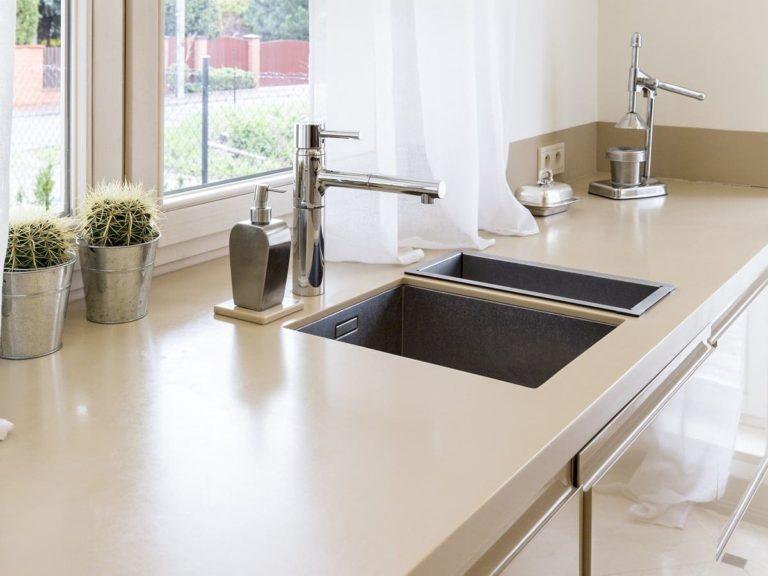 Niezniszczalne blaty kamienne w Kuchni