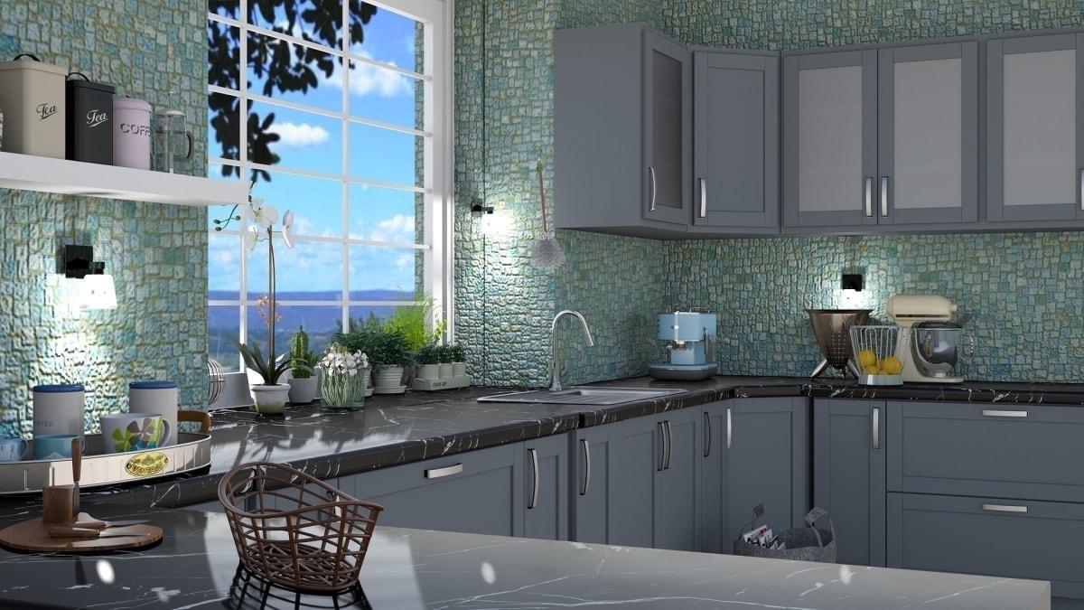 Szara kuchnia z kamiennym blatem i mozaiką na ścianach